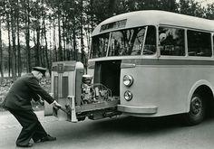 Uitschuifmotor Daf/Verheul 1948.  DAF vervaardigt een autobuschassis met uitschuifmotor.