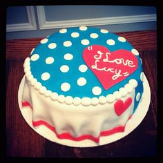 """I love Lucy"" inspired cake created by Tiffany's Pasteleria  http://tiffanyspasteleria.wix.com/tiffanyspasteleria"