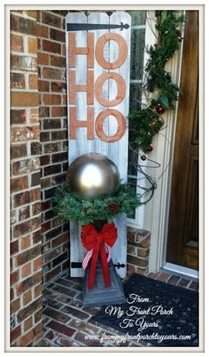 Better Late Than Never Christmas Edition- Budget Friendly Front Porch Vignette