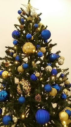 blue and gold christmas tree - Blue And Gold Christmas Decorations