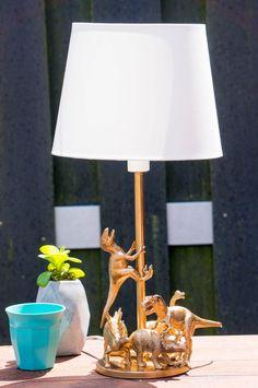DIY Kits & Resources to Make Custom Light Fixtures and Lamps.-DIY Kits & Resources to Make Custom Light Fixtures and Lampshades DIY Dinosaurus Lamp Animal Lamp, Best Desk Lamp, Dinosaur Bedroom, Kids Lamps, Diy Home Decor, Room Decor, Diy Recycle, Diy Toys, Lamp Design
