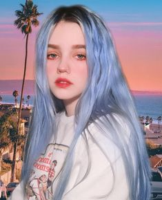 Image may contain: 1 person, sky and outdoor - Colorful Hair Medium Styles Aesthetic Makeup, Aesthetic Girl, Hair Color Dark, Poses, Grunge Hair, Face Hair, Portrait Inspiration, Tumblr Girls, Ulzzang Girl