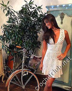 Четкие схемы и описание вязания платья Ванессы Монторо Милена.