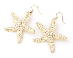 starfish dangle earrings | handmade starfish pearl earrings. complete any nautical outfit with these and our seaside coral bracelet. 14K gold plated | ELEVALE