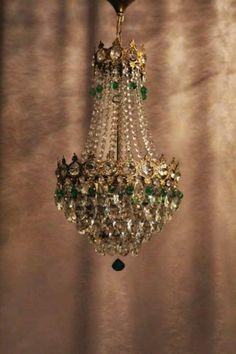 French Chandelier, Antique Chandelier, Antique Lamps, Antique Lighting, Chandelier Lighting, Chandelier Ideas, Crystal Chandeliers, Vintage Lamps, Antique Furniture