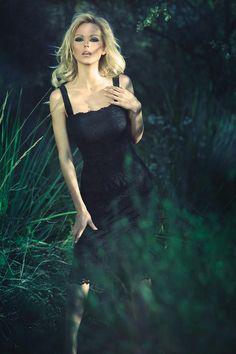 hot :) Most Beautiful Women, Hot, Girls, Accessories, Fashion, Moda, Daughters, Maids, Fasion