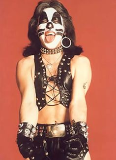 Peter Criss-Kiss.........