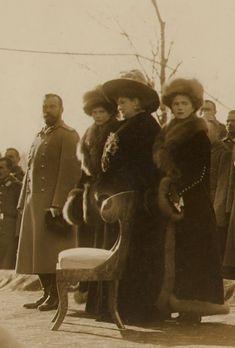 Nicholas, Alexandra, Tatiana and Olga