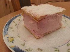 Prajitura cu spuma de capsuni   Laura Laurențiu Tiramisu, Cheesecake, Sweets, Ea, Ethnic Recipes, Desserts, Food, Sweet Pastries, Tailgate Desserts