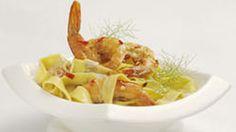 Pasta with Creamy Chilli-Garlic Prawnshttp://www.whatsfordinner.co.za/recipes/detail/9509/1/pasta-with-creamy-chilli-garlic-prawns