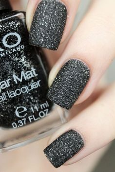 Just bought this one! My nails are gonna look like this tomorrow ;-)