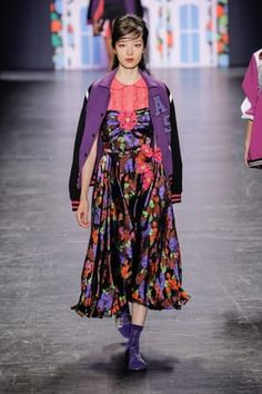 Anna Sui, Fashion Show, Spring Summer, Model, Scale Model, Pattern, Models, Modeling