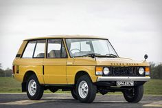 You'd be forgiven for thinking this 1973 Range Rover was recently discovered in a 43 year-old time capsule, but instead it owes its appearance to a terrific service record and recent restoration. An early example of the model that would...