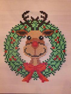 Christmas Rudolph wreath hama perler beads by Anja Iris - hama.dk
