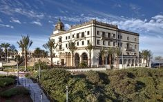 Beautiful picture of the University of San Diego Campus My Campus, College Campus, College Goals, College Fun, University Of San Diego, Best Travel Sites, California Travel, So Little Time, Beautiful Places