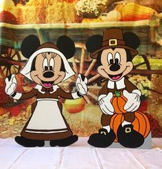 Disney Mickey and Minnie Thanksgiving yard art Excited to share this item from my shop: Disney Halloween Yard Art, Mickey Mouse Halloween, Mickey Mouse Art, Christmas Yard Art, Mickey Mouse Wallpaper, Disney Wallpaper, Disney Mickey, Disney Halloween, Minnie Mouse