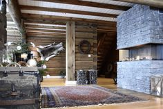 Chalet Interior, Cabin, Interiors, Home Decor, Homes, Decoration Home, Room Decor, Cabins, Cottage