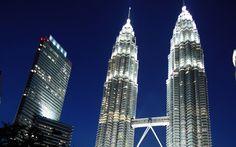 Download wallpapers Kuala Lumpur, Malaysia, Petronas towers, 4k, modern buildings, skyscrapers, evening, glowing towers