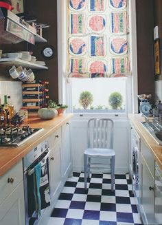 Ben Petreath brown w/ white trim kitchen - great for a small space w/o much light, fun checkered floor, The Peak of Chic®: English Decoration by Ben Pentreath