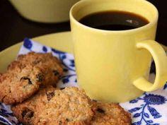 オートミールクッキー  《my覚書: バターを無砂糖のピーナッツバターに代用して、後、かぼちゃの種やひまわりの種、ドライフルーツを加えて作ってみよっかな♪》