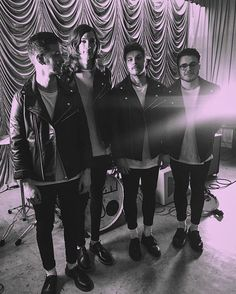 Moose Blood Moose Blood, Me Too Lyrics, Sing To Me, Hip Hop Artists, Stunning Photography, Pop Punk, Love People, Music Bands, Pretty Face