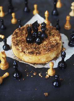 Mehevä päärynä-kauramurukakku | Makeat leivonnaiset | HS