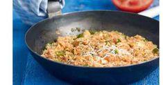 Καγιανάς με πιπεριές και τυριά Fried Rice, Fries, Ethnic Recipes, Food, Essen, Meals, Nasi Goreng, Yemek, Stir Fry Rice