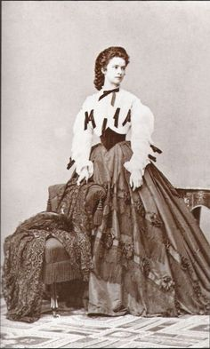 Empress Elisabeth in a photo by Ludwig Angerer (1862)