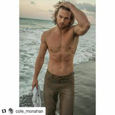 Credit to @cole_monahan  ・・・ #tbt Shooting with @scott.teitler is always a lot of fun and a great experience! You can walk away learning something new every single time. And you get some super cool shots  Hope you're doing well Scott! Hang in there everyone, the weekend is almost here!  @scott.teitler ☀ ☀ ☀ #HollywoodTapFL #HollywoodFL #HollywoodBeach #DowntownHollywood #Miami #FortLauderdale #FtLauderdale #Dania #Davie #DaniaBeach #Aventura #Hallandale #HallandaleBeach #PembrokePines…