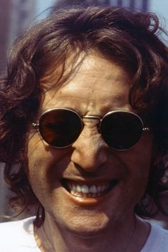 Super Seventies — John Lennon photoraphed by Bob Gruen, 1974.