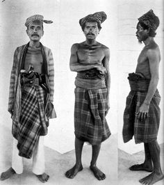 Three eastern Indonesians in a Dutch-ruled Muna Island, early century. Amsterdam, Dutch East Indies, Dutch Colonial, Asian History, Historical Images, Traditional Fashion, African Men, Classic Man, Borneo