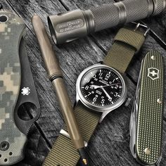 Going with my modded Expedition Scout and an all army green setup today. Military Tactical Watches, Army Watches, Cool Watches, Watches For Men, Survival Watch, Survival Gear, Timex Expedition, Mens Gadgets, Everyday Carry Gear