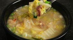 ox bone hangover soup (ppyeo haejangguk: 뼈해장국)