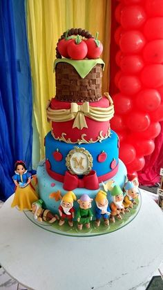Ideas Birthday Cake Ideas For Teens For Kids Crazy Cakes, Fancy Cakes, Beautiful Cakes, Amazing Cakes, Pink Smash Cakes, White Birthday Cakes, Cake Birthday, Snow White Cake, Disney Cakes