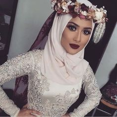 In each different culture, there is a different common look for the bride at weddings. Wedding Hijab styles are no different in the Muslim c. Hijabi Wedding, Wedding Hijab Styles, Muslim Wedding Dresses, Muslim Brides, Muslim Girls, Dress Wedding, Bridal Dresses, Hijab Dress, Hijab Outfit