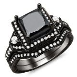 This new certified 2.0ct diamond ring and matching band are set in 14k black gold - See more at: http://blackdiamondgemstone.com/jewelry/wedding-anniversary/wedding-rings/20ct-black-princess-cut-diamond-engagement-ring-bridal-set-14k-black-gold-com/#!prettyPhoto