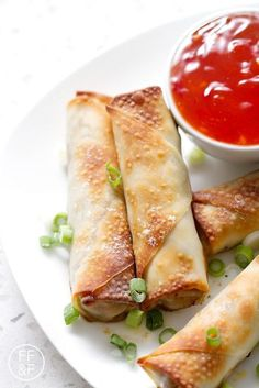 Pork and Vegetable Baked Egg Rolls Delicious Vegan Recipes, Paleo Recipes, Indian Food Recipes, Asian Recipes, Real Food Recipes, Cooking Recipes, Delicious Snacks, Tasty, Chinese Recipes