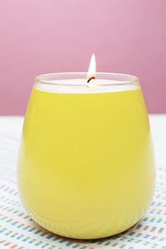 Bring the sweet grapefruit smell of SoulCycle home with this DIY candle!