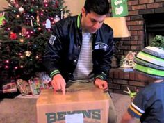Watch: 12 gets emotional after getting amazing gift from Seahawks | Video | Seattle News, Weather, Sports, Breaking News | KOMO News