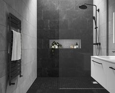 Stylish Impressive Black Floor Tiles Design Ideas For Modern Bathroom Black Tile Bathrooms, Bathroom Grey, Bathroom Layout, Dark Tiled Bathroom, Bathroom Ideas, Black Bathroom Floor, Black Floor, Grey Modern Bathrooms, Grey Bathrooms Designs