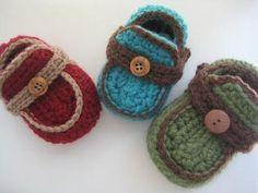 Boy's Moccasins Crochet Baby Booties Pattern ( pdf pattern) 4 sizes