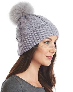 6d758a3ffb5 227 Best // Beautiful Women's Winter Fur Hats images in 2018 | Fur ...