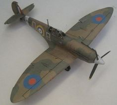 This aircraft paper model is a Spitfire MK Va, a variant of British single-seat fighter aircraft Supermarine Spitfire throughout the Second World War, the