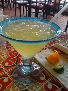 Cuervo Margarita on the Rocks with Gran Marnier Drinks Alcohol Recipes, Punch Recipes, Alcoholic Drinks, Margarita Cocktail, Cocktail Drinks, Margarita Punch, Beach Cocktails, Summer Drinks, Tequila