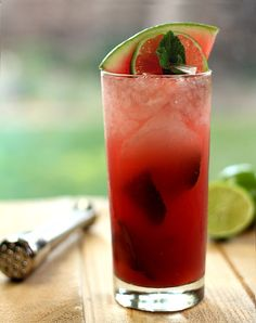 A Watermelon Mojito ~ 4 large sprigs of fresh mint (about 10 leaves per cocktail) 2 cups of watermelon puree (put chunks of watermelon in your food processor and process until smooth) 1/4 cup Simple Syrup (See notes) Ice cubes 1 cup Bacardi white rum 1/4 cup lime juice Sparkling water or club soda, chilled