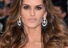 Izabel Goulart Photos - Model Izabel Goulart attends Elton John AIDS Foundation's Annual An Enduring Vision Benefit at Cipriani Wall Street on November 2015 in New York City. - Annual Elton John AIDS Foundation An Enduring Vision Benefit - Arrivals Izabel Goulart, Fashion Mannequin, Golden Brown Hair, Elton John Aids Foundation, Most Beautiful Models, Brazilian Models, Cannes Film Festival, Face And Body, Beauty Women