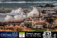 Vazon takes a bit of a battering at high tide this morning. #LoveGuernsey  http://chrisgeorgephotography.dphoto.com/#/album/cbc2cr/photo/21363542  Picture Ref: 02_02_14 — in Guernsey.