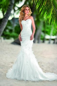 Ivory White Beaded Ella Bridals Fit-n-flare Floor Mermaid Organza Ruching Ruffles Strapless Sweetheart Wedding Dresses Photos & Pictures -