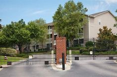 View High Resolution Photos And Video Tours Of Arbors At Windsor Lake  Apartments.