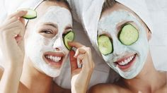 Here s the hard truth traveling is tiring for the skin Believe it or not humidity levels on airplanes are lower than those in the Sahara Desert - 24 Awesome Diy Face Peel Mask Inspiration Face Peel Mask, Diy Face Mask, Easy Face Masks, Skin Mask, Facial Treatment, Skin Treatments, Natural Treatments, Natural Remedies, Cucumber Mask
